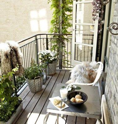 mali balkon