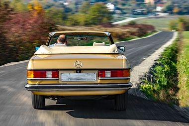Mercedes C123 Cabrio 1978.