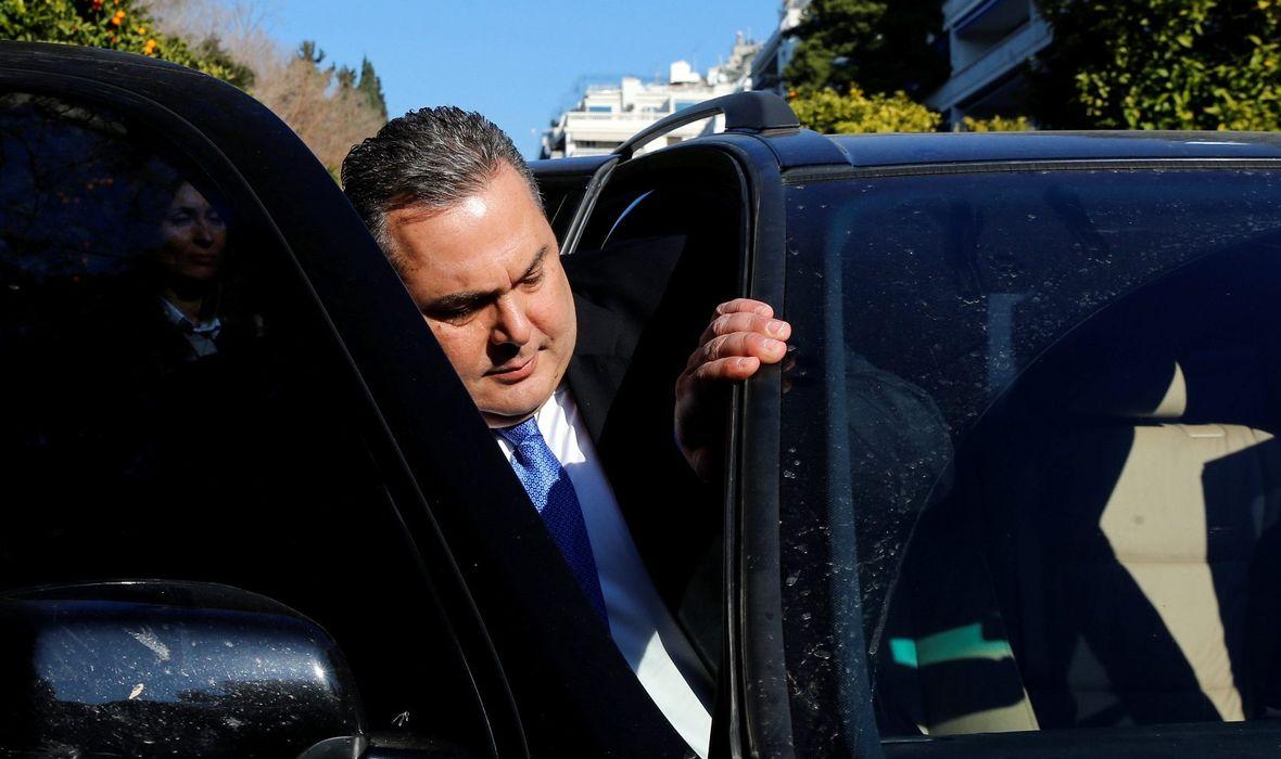 RASPADA SE GRČKA VLADA ZBOG SPORAZUMA O PROMJENI IMENA MAKEDONIJE Tsiprasov ministar obrane i čelnik ključne koalicijske stranke dao ostavku