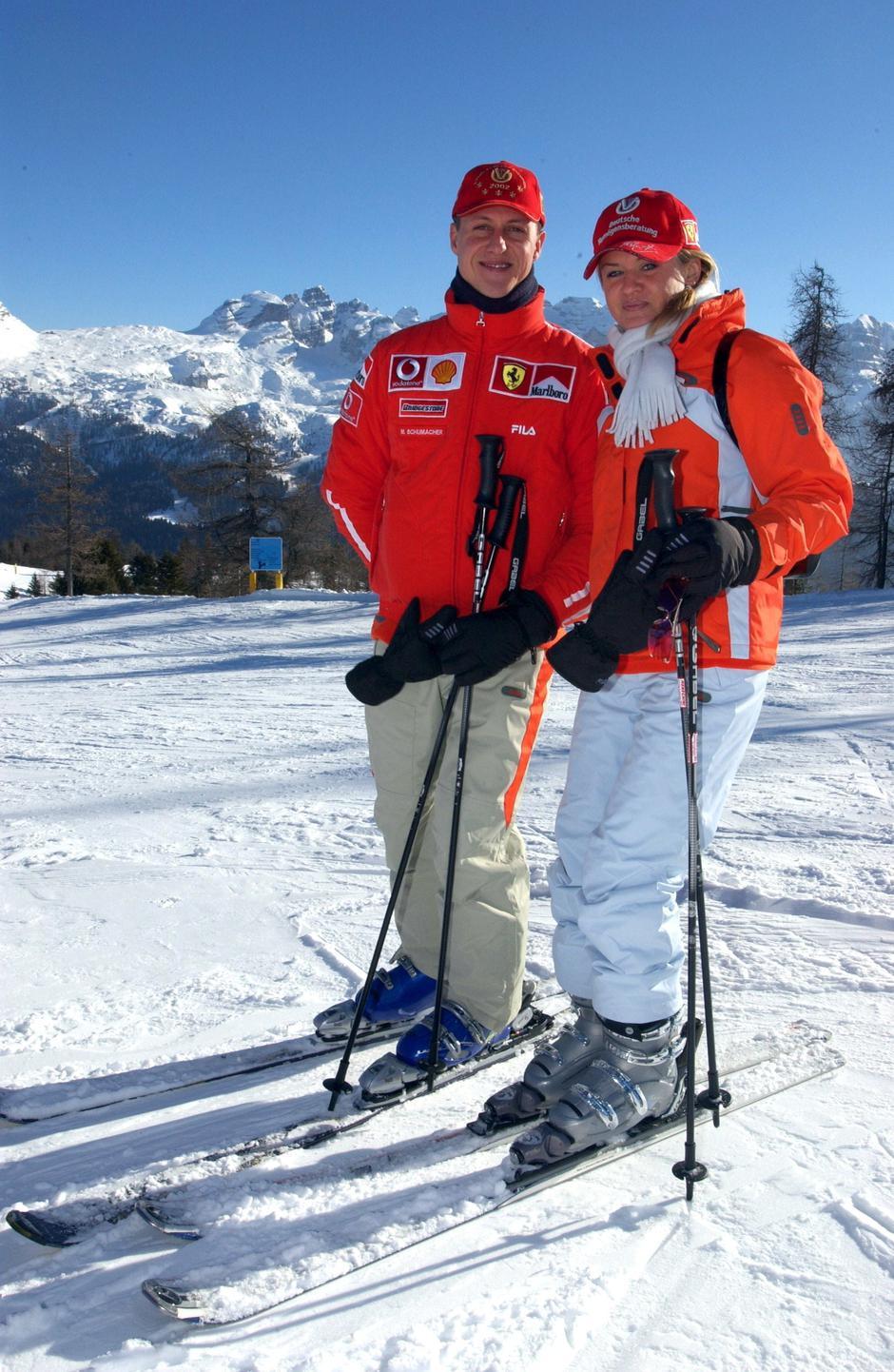 Michael Schumacher goes skiing | Autor: Oliver Multhaup/DPA/PIXSELL