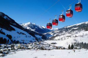 TRAGEDIJA U AUSTRIJSKIM ALPAMA Dva skijaša smrtno su stradala zbog lavine, tisuće turista ostalo je zameteno snijegom