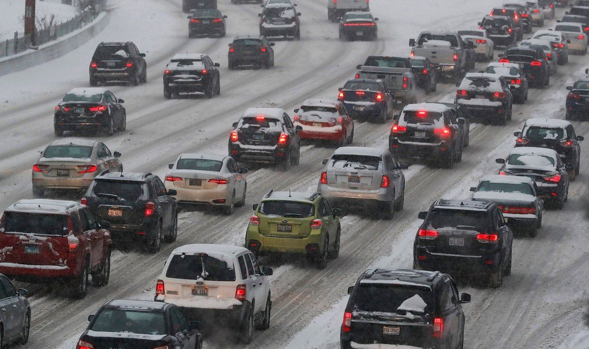 'NE DIŠITE DUBOKO, GOVORITE MINIMALNO, OVO SE DOGAĐA JEDNOM U GENERACIJI' SAD na udaru brutalnog polarnog vrtloga, temperature padaju na 53 ispod nule