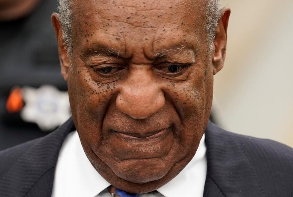 FILE PHOTO: Actor and comedian Bill Cosby leaves the Montgomery County Courthouse after his first day of sentencing hearings in his sexual assault trial in Norristown | Autor: Jessica Kourkounis/REUTERS/PIXSELL/REUTERS/PIXSELL
