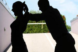 Serijski silovatelj (60) u Srbiji opet napao: Ranio ženu nožem
