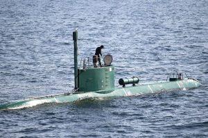 Iran počeo ratne igre u Zaljevu, testira ispaljivanje krstarećih projektila s podmornice