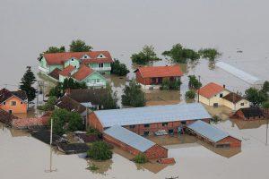 Sramota: Prodavali doniranu opremu za stradale u poplavi