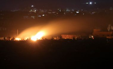 Fire from fighting is seen in Baghouz, Deir Al Zor province, Syria March 3, 2019. REUTERS/Rodi Said
