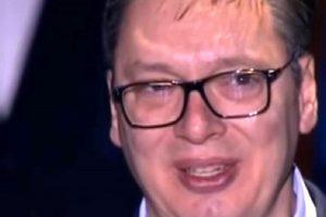 Vučić je plakao tijekom govora o NATO-ovom bombardiranju