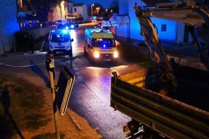 Sudario se s teretnim vozilom: Vozač auta je teško ozlijeđen