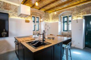 Renovacija stana od 45 m2 u staroj kamenoj kući u Splitu