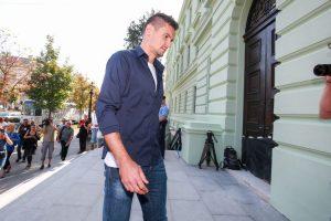 LOVRENU SE IPAK NEĆE SUDITI ZA LAŽNI ISKAZ NA SUĐENJU MAMIĆU Županijski sud potvrdio da je optužnica protiv nogometaša podignuta bez dovoljno dokaza