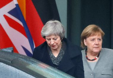 British Prime Minister Theresa May leaves after a meeting with German Chancellor Angela Merkel at the Chancellery in Berlin, Germany December 11, 2018. REUTERS/Fabrizio Bensch - RC140133D920
