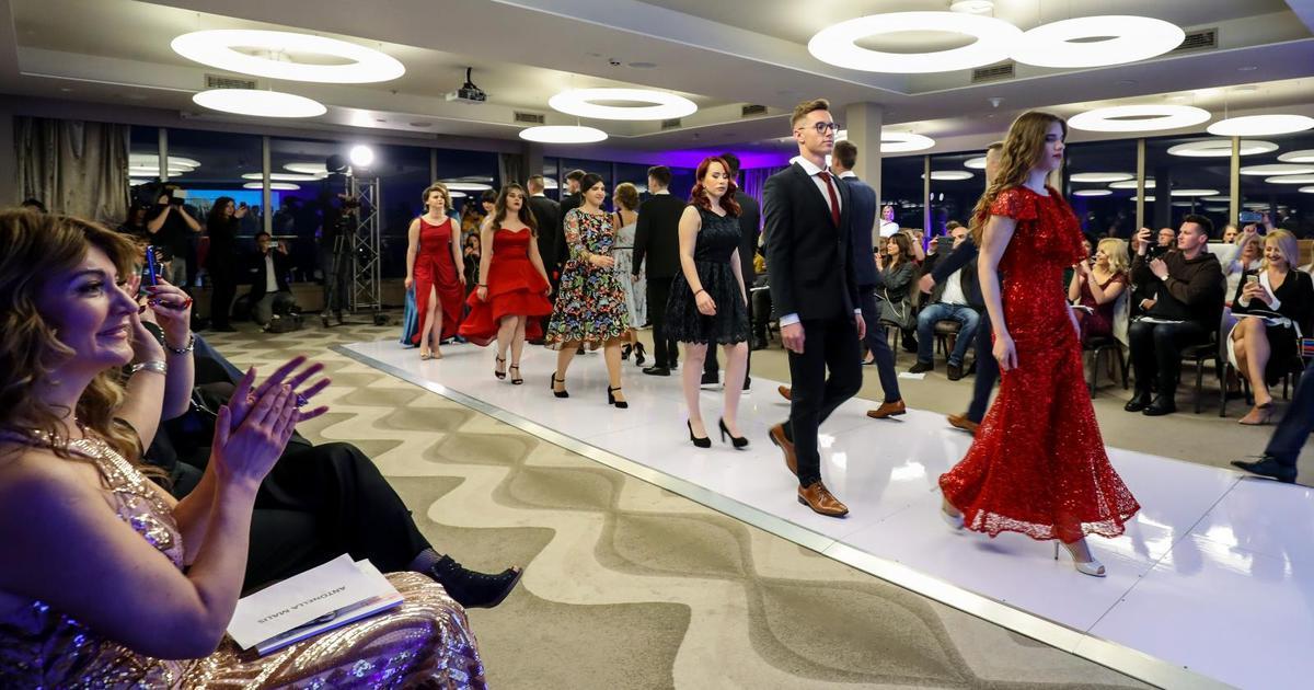 Maturantice dobile dizajnerske haljine: Izgledamo kao zvijezde