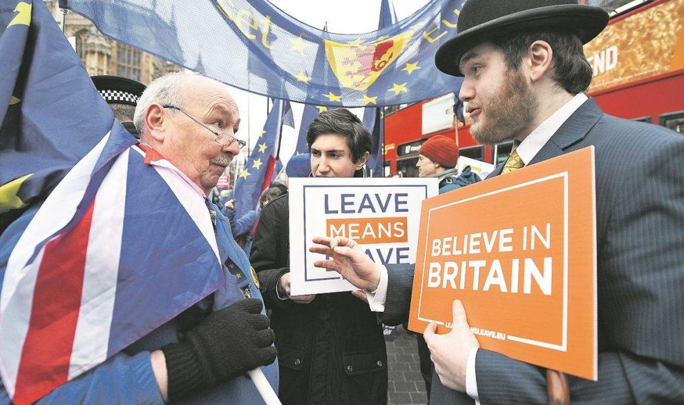 TAKO TO IZGLEDA KADA APSURDI IZ 'CRNE GUJE' POSTANU STVARNOST Tko su ključni likovi u političkom dramoletu izlaska Ujedinjenog kraljevstva iz EU