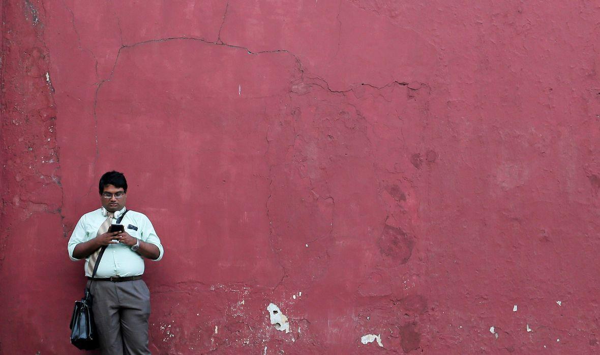 Šri Lanka je neposredno nakon terorističkih napada na hotele i crkve zabranila pristup društvenim mrežama. Ta je odluka podijelila stručnjake