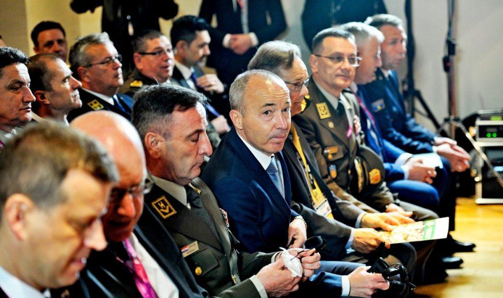 SASTANCI U SPLITSKOJ VOJARNI: Ministar Krstičević razgovarao s kolegama iz Filipina i Gruzije
