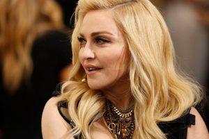 NASTUP KOJI BI MOGAO ZASJENITI ROKA I SVE OSTALE NATJECATELJE Na Eurosongu će nastupati Madonna, dvije pjesme koje će izvesti naplatit će 1.000.000 $