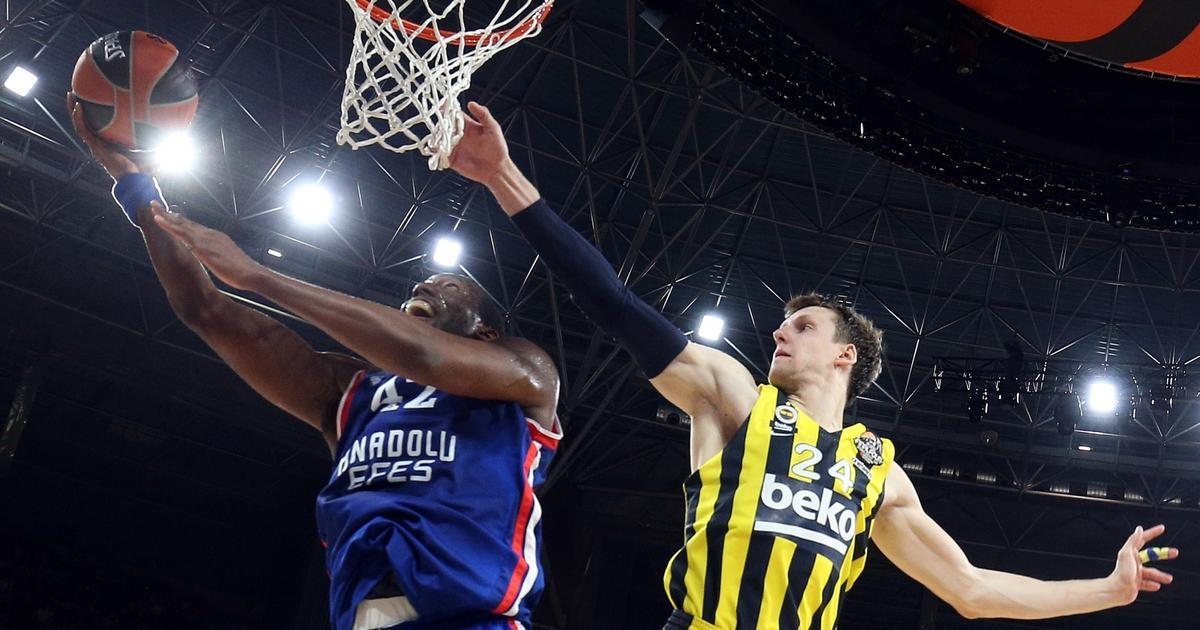 Anadolu Efes ušao u finale Eurolige