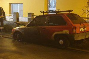 Na Trešnjevci se zapalio auto: 'Prije požara je eksplodiralo...'