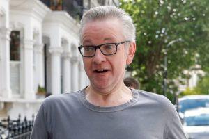 'DA, ŠMRKAO SAM KOKAIN, DUBOKO ŽALIM ZBOG TOGA' Jedan od najozbiljnijih kandidata za novog britanskog premijera šokirao priznanjem: 'Bio sam mlad...'