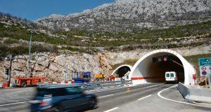 POŽAR U TUNELU SVETI ROK! Za promet su zatvorene tunelske cijevi u oba smjera, na autocesti A1 mogle bi se stvoriti ogromne gužve