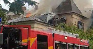 Planula vila u Puli: Veliki požar gasilo više vatrogasnih vozila