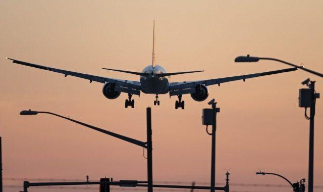 ŽIVOTNI PAD UGLEDNOG PODUZETNIKA Dobio doživotnu robiju jer je izmislio priču o otmici aviona kako bi propala firma u kojoj radi njegova ljubavnica