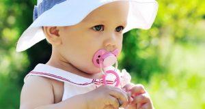 'Ispirete' li u ustima dudu koja djetetu padne? Promislite opet