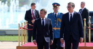 VUČIĆ PREKLINJAO MACRONA 'Rekli ste da vam je Srbija u srcu - požurite s tim dubinskim reformama, k'o Boga vas molim...'