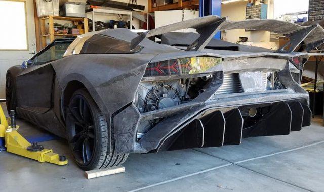 VIDEO: Profesor na nagovor sina uz pomoć 3D printera izradio Lamborghini Aventador u kojeg je ubacio 5,7-litreni motor iz Corvette