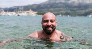 RokOtok: Ribafish s tri dupina plivao od otoka Hvara do Visa