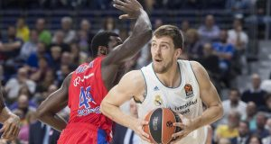 Srpski košarkaš Ognjen Kuzmić u komi nakon teške prometne nesreće
