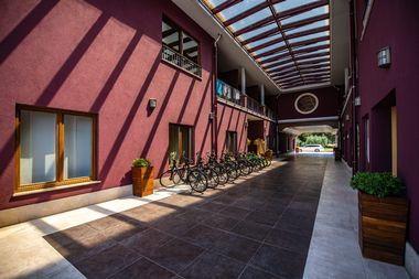 Novigrad, 020719 Hotel Nautica za Jutarnji list. Foto: Danijel Bartolic / CROPIX