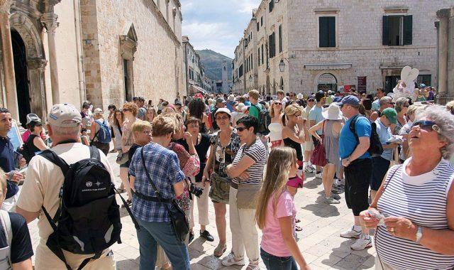 Previše turista! Mi smo na 2. mjestu po broju turista po glavi stanovnika
