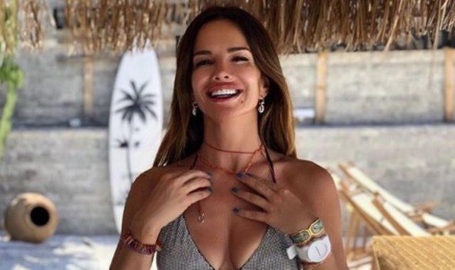 GODINE JOJ NE MOGU NIŠTA Nikad zgodnija Severina pozirala suprugu u kupaćem kostimu: 'Ovako me samo on nasmijava i fotka kad ne gledam'