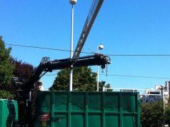 Kamion zagrebačkog holdinga potrgao žice, kolaps u Dubravi