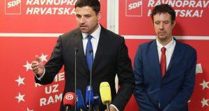 'Pupovac sjedi u Vladi koja je stvorila klimu napada na Srbe'