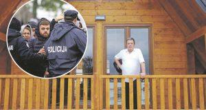 NAJSPRETNIJI LIČKI UGOSTITELJ MACOLA OKRENUO SE POLICIJSKOM TURIZMU 'Ma pusti brojke, plaćaju po policajcu, ne znam koliko točno, ali plaćaju pošteno'
