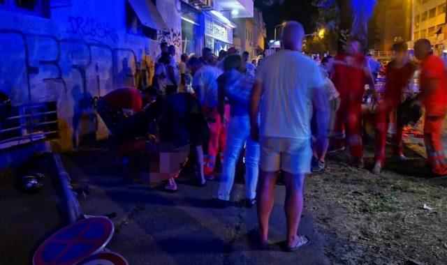 STRAVIČNA NESREĆA NA JEDNOM OD NAJFREKVENTNIJIH RASKRIŽJA U SPLITU Jedna pješakinja poginula, još jedna osoba ozlijeđena: 'Auto je prošao kroz crveno'