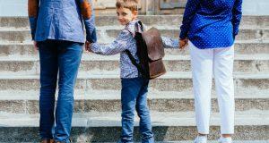 Roditelji previše rade, s djecom provode nekoliko sati dnevno