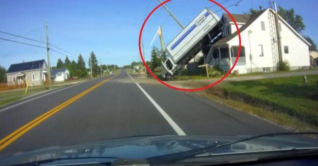Kamion završio na krovu kuće, nikome nije bilo jasno kako?!?