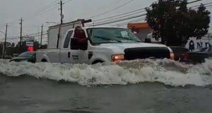 Oluja Imelda ubila dvoje ljudi i poplavila kuće kod Houstona