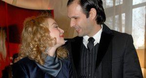 DRAMA U OBITELJI ZVIJEZDE HRVATSKE SAPUNICE Supruga mu je snimljena kako izmjenjuje nježnosti s drugim muškarcem: 'Samo sam prepisala njegov scenarij'