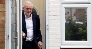 Francuzi ne daju odgodu dok se ne odredi dan izbora...a lider opozicije u britanskom parlamentu Jeremy Corbyn ne želi pristati na nove izbore