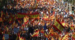 KONTRAPROSVJED U BARCELONI Na ulice izašli zagovornici cjelovite Španjolske: 'Mi smo vodena plima koja će potopiti proces odcjepljenja'