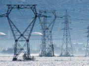 U snježnim padalinama u Francuskoj jedna osoba smrtno stradala, 200.000 domova bez električne energije