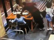 VIDEO: UZNEMIRUJUĆA SNIMKA NAPADA AUSTRALSKOG HRVATA NA TRUDNICU Stipe Lozina divljački pretukao djevojku u 9. mjesecu trudnoće