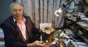 'GURAO SAM DOK SAM MOGAO, ALI VIŠE NE MOGU...' Zadnji gradski 'majstor za čuda' nakon gotovo 40 godina zatvara radnju
