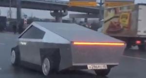 VIDEO: RUSKI SAMOUKI MAJSTOR POSTAO ZVIJEZDA INTERNETA Sam izradio svoju potpuno funkcionalnu Teslu Cybertruck i vozi se Moskvom!