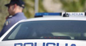 Vozač (69) BMW-om je udario pješakinju na zebri pa pobjegao